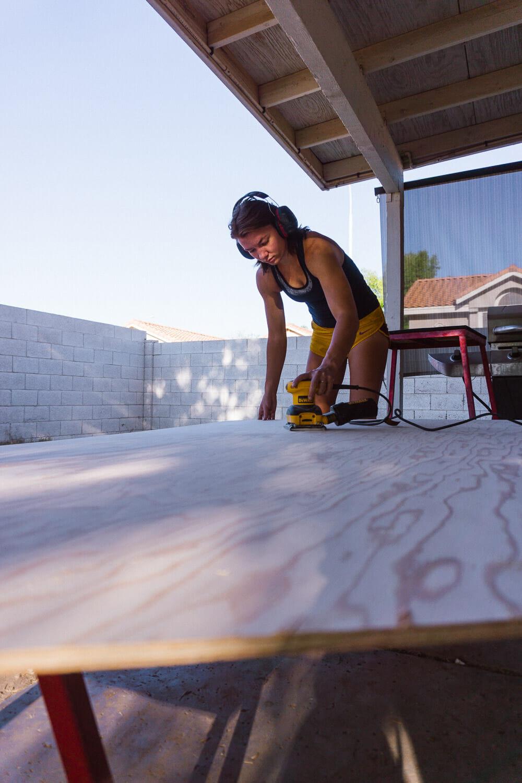 Sanding plywood walls